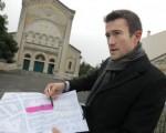 SUD OUEST 19/10/2013 - Bordeaux : une église coupée en deux par la réforme des cantons